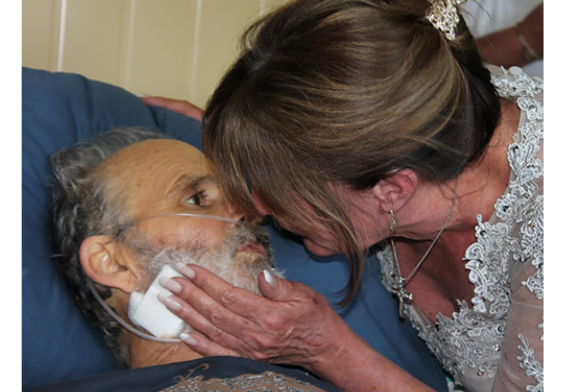 Brian and Gisela say 'I Do' at Stepping Stone Hospice