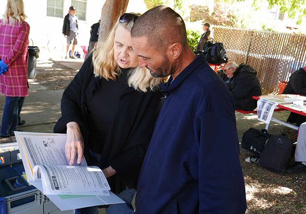 In California, Helping the Homeless to Make Their Medical Preferences Clear