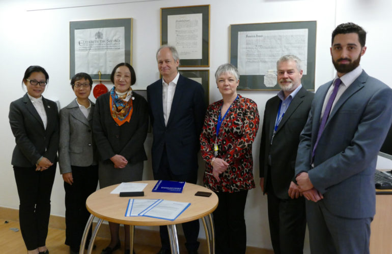 St Christopher's Hospice, UK, shares palliative care expertise with China