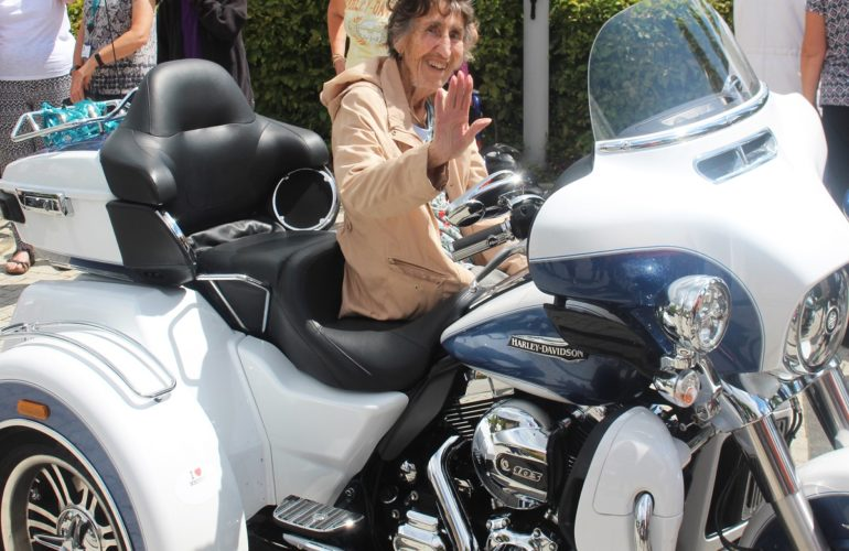 St Barnabas Hospice patients ride around on Harley Davidsons