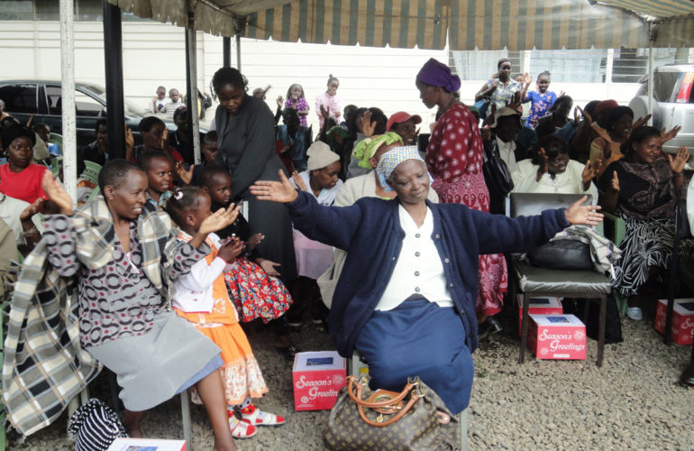 Nairobi Hospice celebrates early Christmas with patients