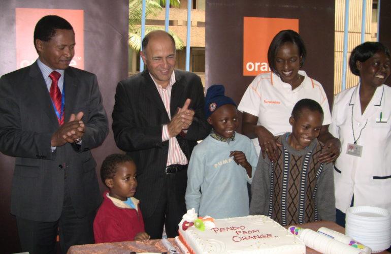 Orange Foundation focuses on palliative care in its staff volunteer week