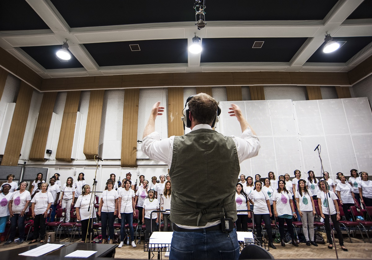 UK Hospice Choir record new album for charity