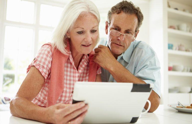 People must make plans for their digital legacies, hospice says