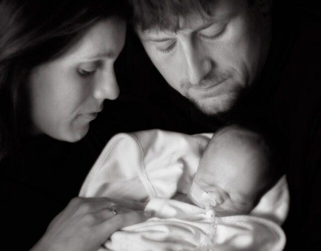Photographs help grieving parents heal