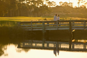 couple-on-bridge