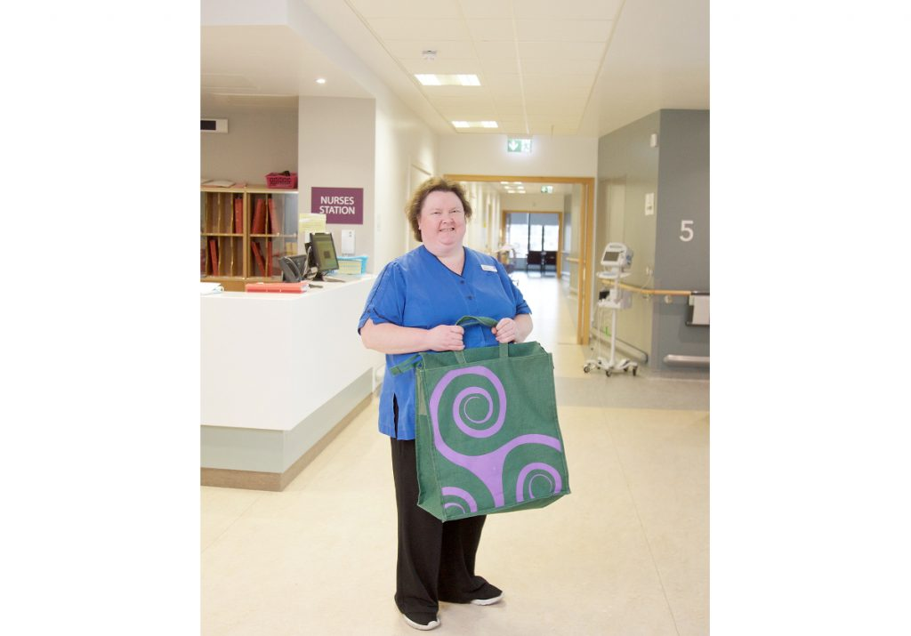 "Irish end-of-life ""handover bag"" inspires Australian care"