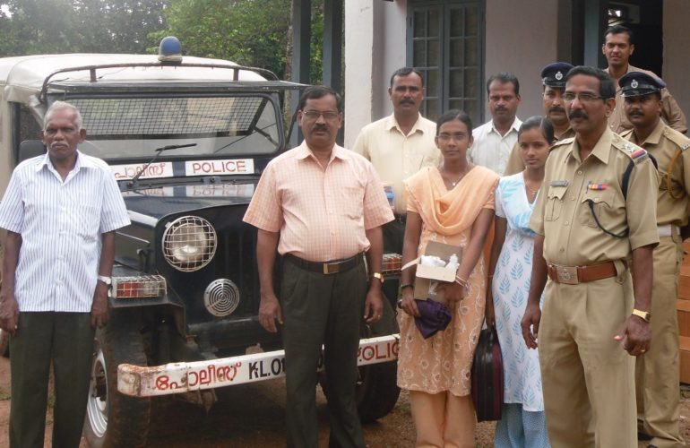 Armed force stretching its arm to help the needy: a unique story from Kerala Police