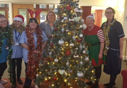 Photo 2 Lynne Hooper Inpatient Unit Manager (far right) with members of the Inpatient Unit team who will be working across the festive season
