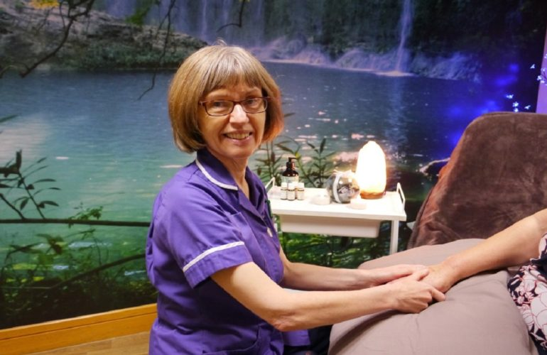 The working life of a complementary therapist