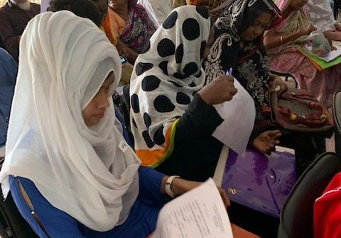 Patients and carers discuss legal rights in Narayanganj, Bangladesh