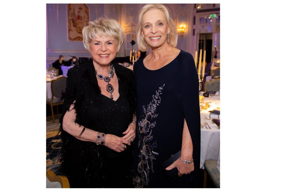 Glittering Gala Dinner helps raise funds for Hospice UK