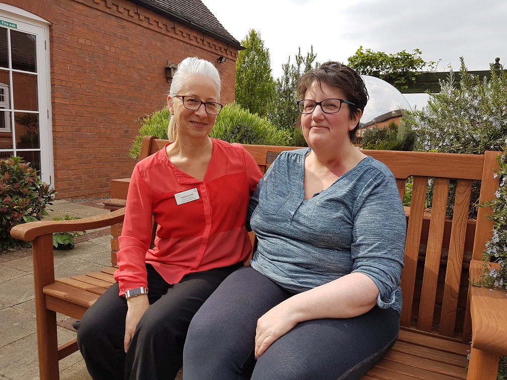 Patient urges women with cancer to access hospice services for support