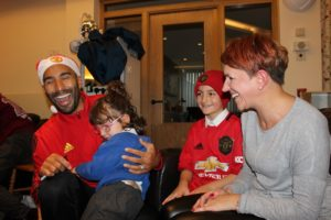 Copyright Francis House. Man Utd player Lee Grant with Croce family at Francis House