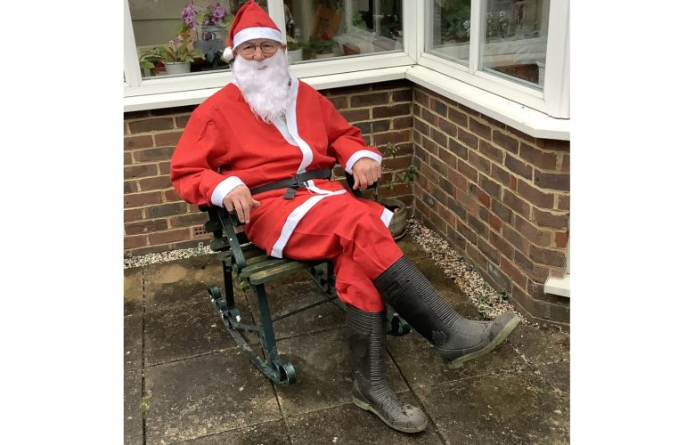 Hospice supporter to run in second Christmas fundraiser at age of 89