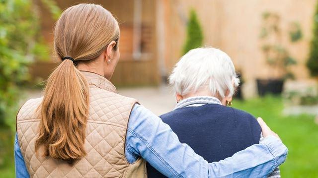 Comment améliorer les soins de fin de vie : la perspective de proches aidants