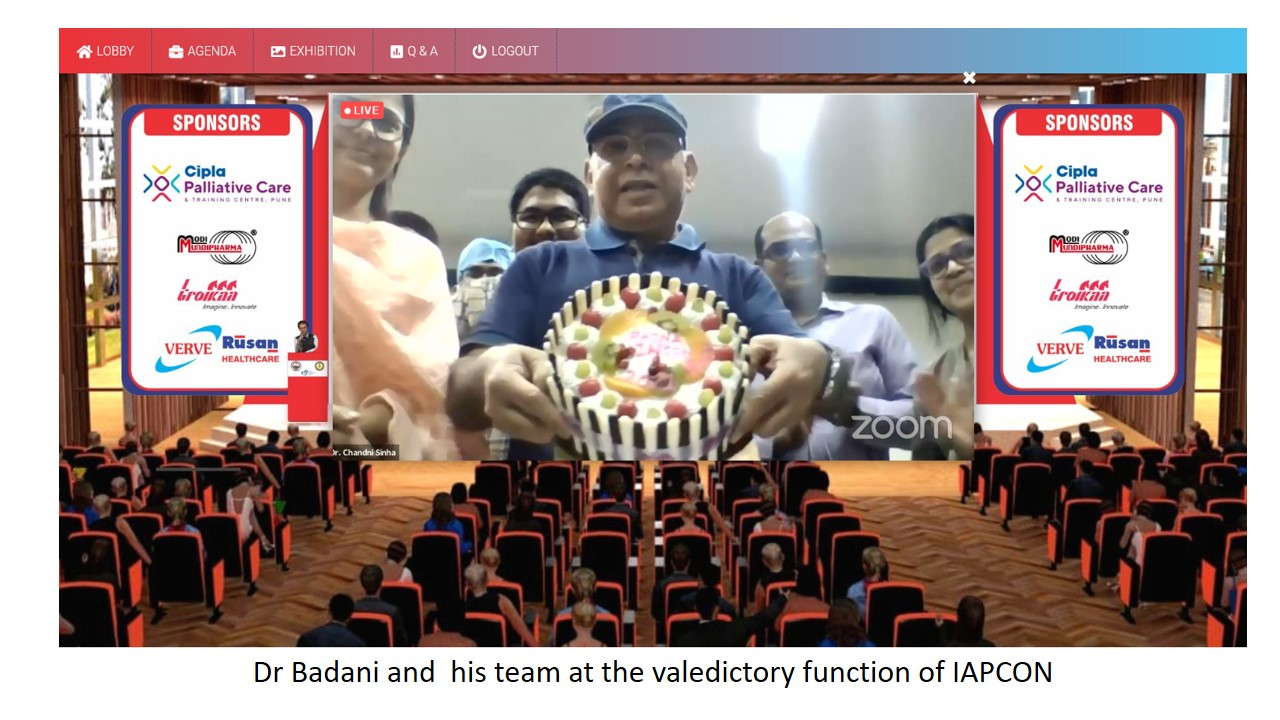 Dr Badani and his team members at the valedictory function of IAPCON