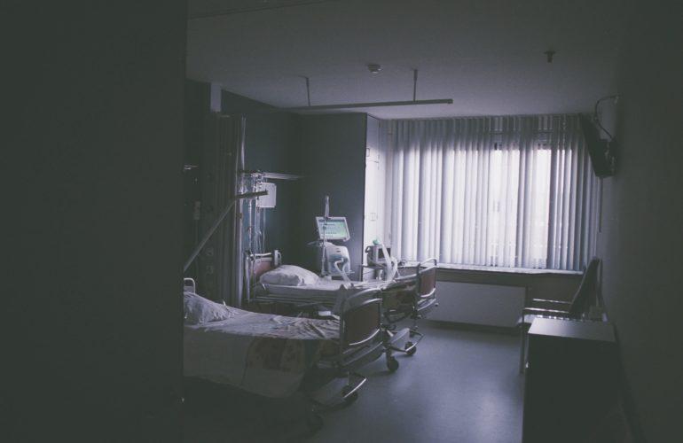 Le combat d'une dame pour des soins palliatifs empreints d'humanité