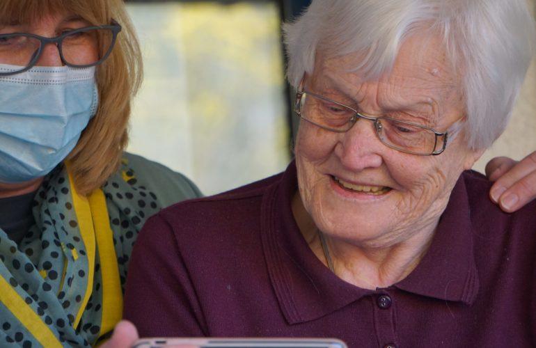 Foyers pour aînés : beaucoup de chambres toujours pas climatisées en Ontario