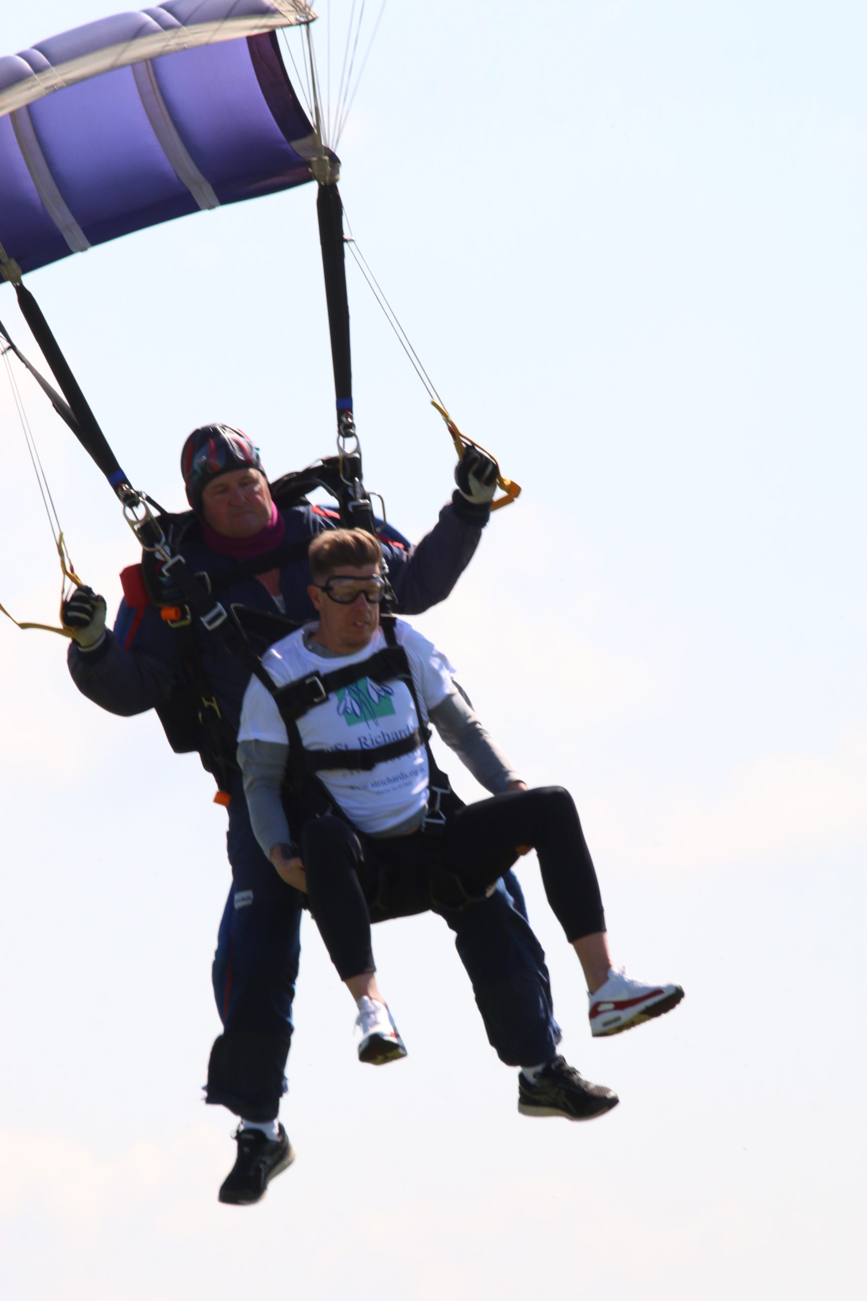 Fundraising Roundup VI: Skydiver overcomes fear of flying to raise hospice funds