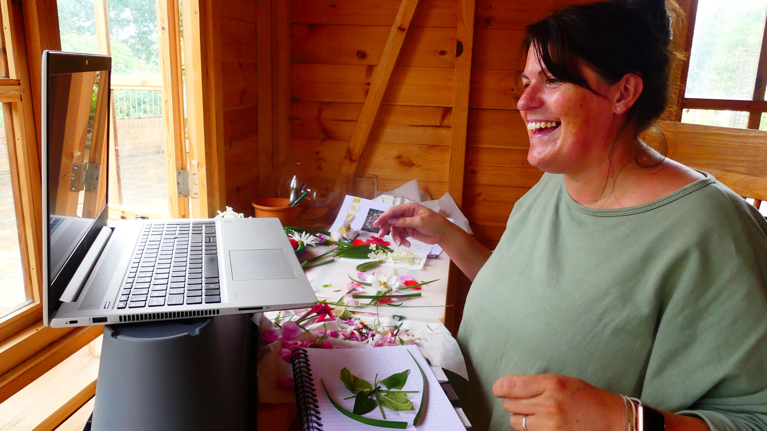 Ashgate Hospicecare patients enjoy virtual gardening sessions thanks to grant